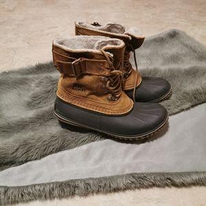Sorel winter boots bnwt size 8